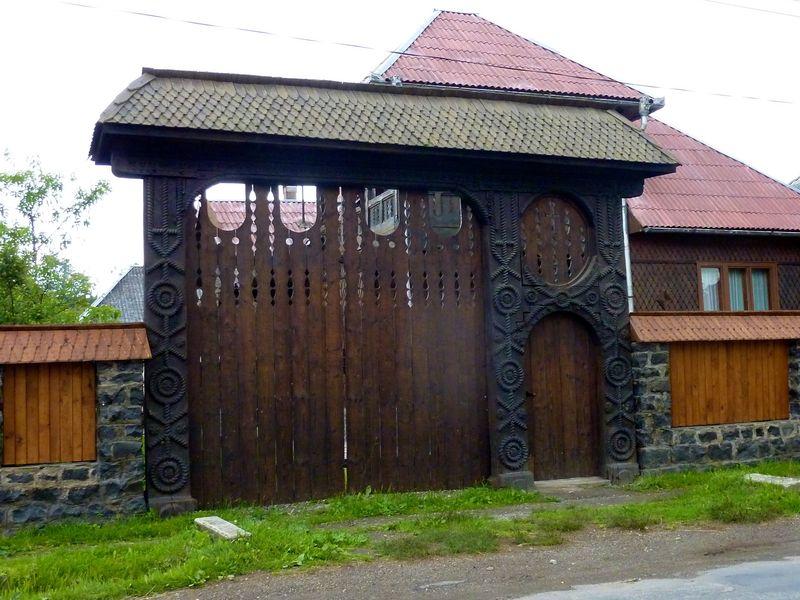 ROMANIA houses 11