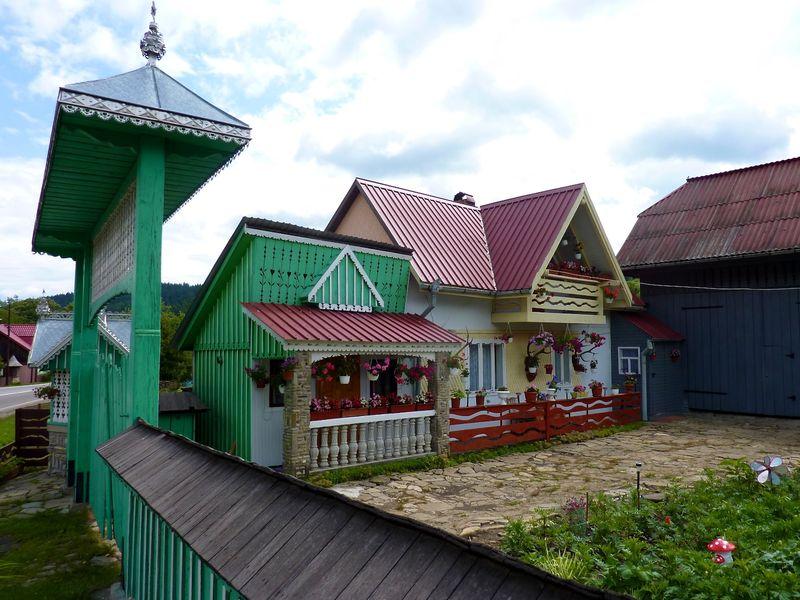 ROMANIA houses 7