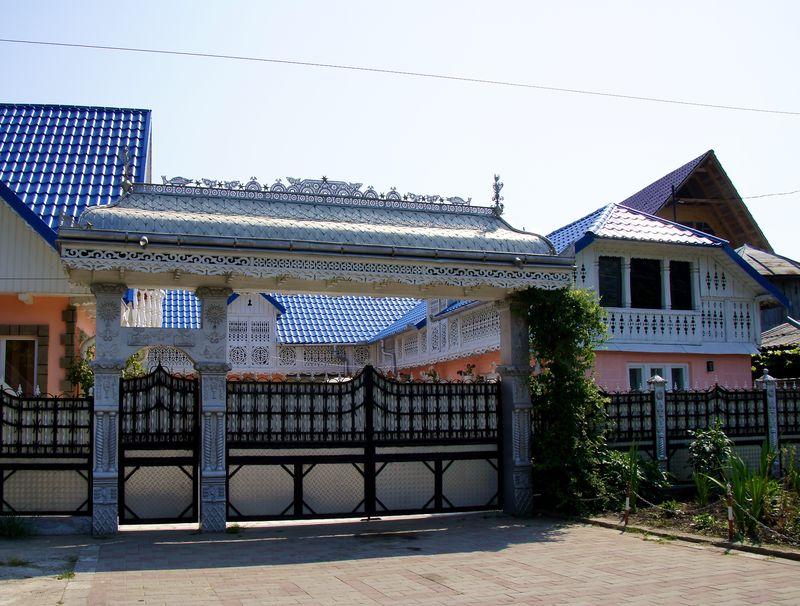 ROMANIA houses 8