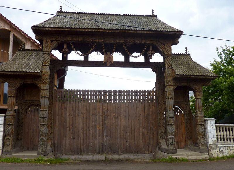 ROMANIA houses 13