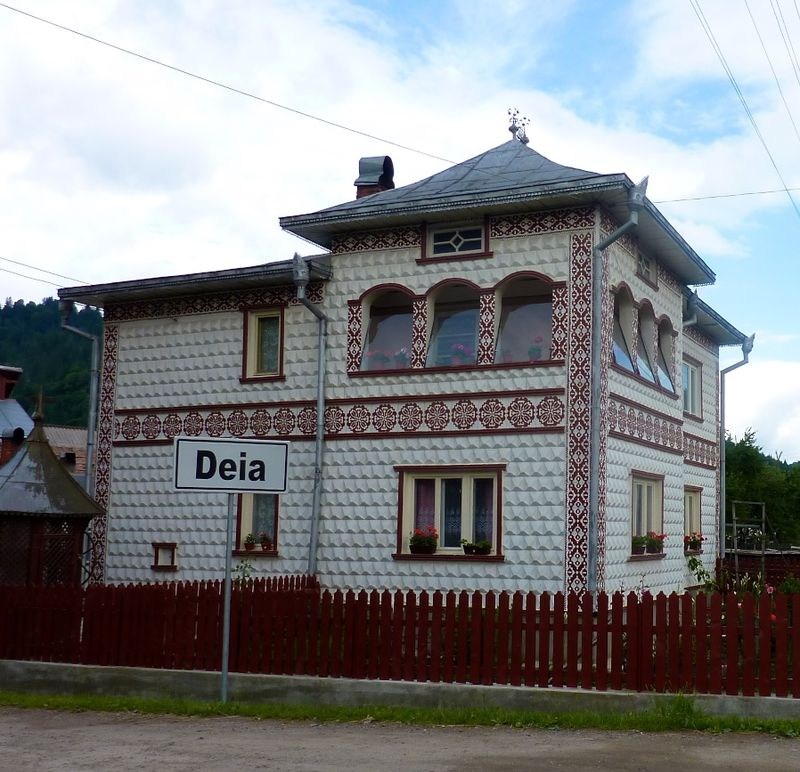 ROMANIA houses 1