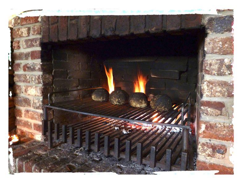 Fire place w bread