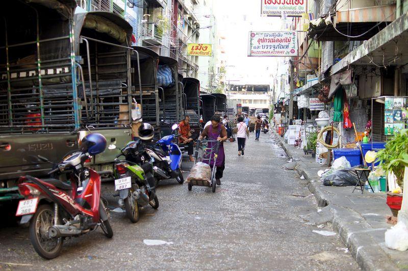 BANGKOK APRIL 2012 6
