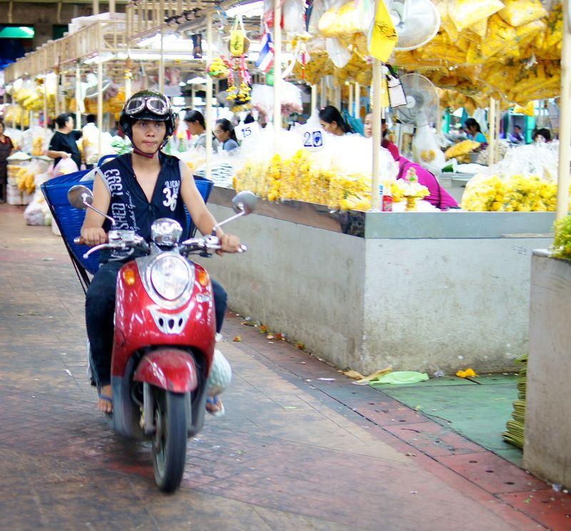 BANGKOK APRIL 2012 21