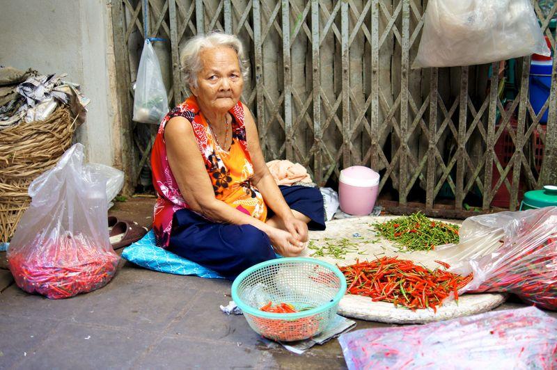 BANGKOK APRIL 2012 25