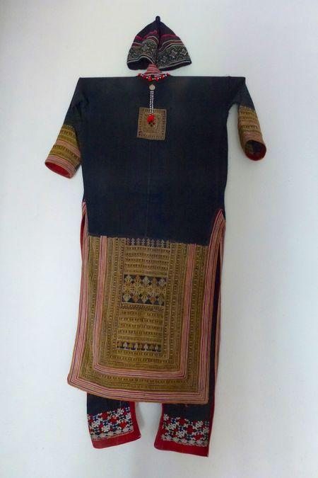 LAOS fabric 1