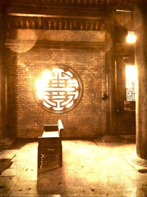 Temple sepia