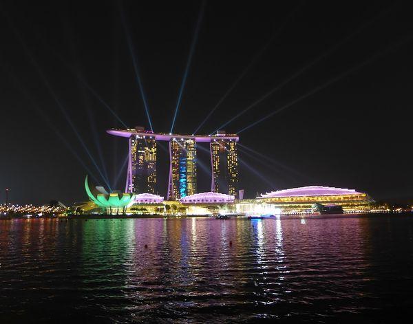 Erin in singapore21