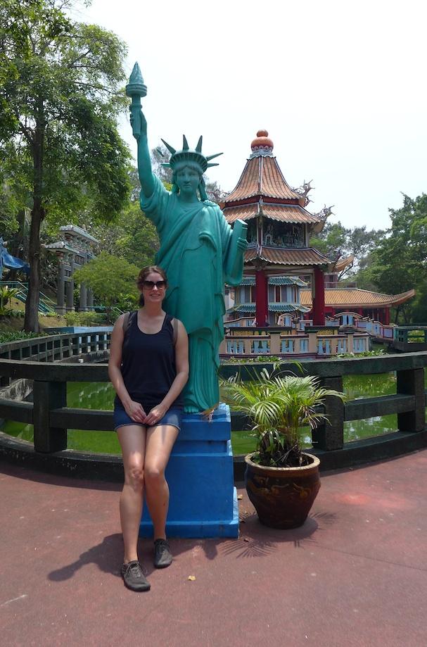 Erin in singapore28