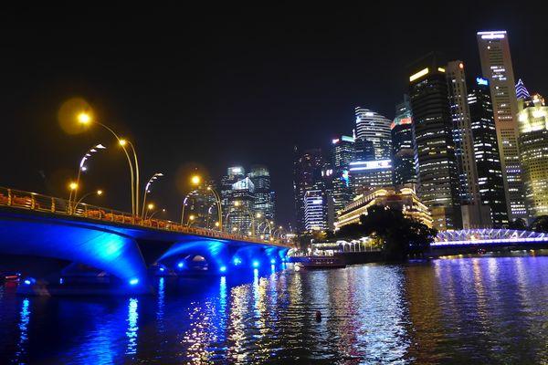 Erin in singapore19