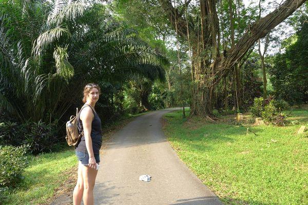 Erin in singapore37